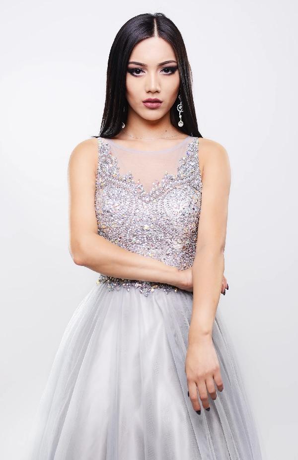 A eterna dificuldade de escolher o vestido ideal