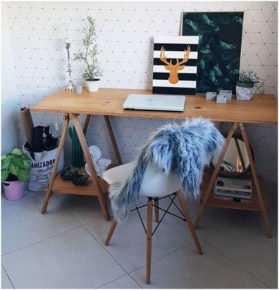 Como fazer um espaço home office em casa